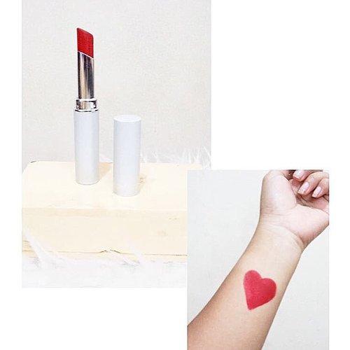 Red ❤️ . . 💄 : @wardahbeauty longlasting lipstick no 15 . . .  #lipstick #red #redlipstick #wardahlonglastinglipstick #wardahbeauty #makeup #beauty #beautyjunkie #beautyblogger #clozetteid