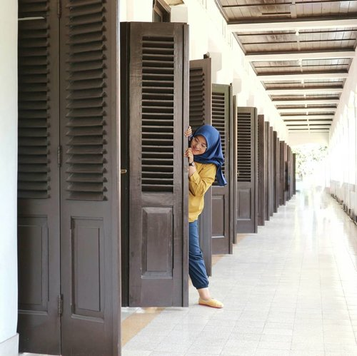 hide-and-seek 🙈--#clozetteid #exploresemarang #lawangsewusemarang #lawangsewu #semarang