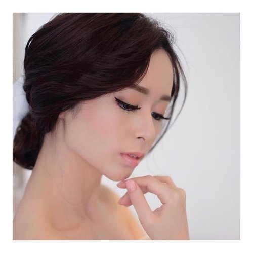 Good morning...Pagi-pagi gpp ya... aku share hasil make @hendrythan What do you think? It's bold but natural and still Silvia Muryadi kan?.. #LYKEambassador#indobeautygram #beautybloggerid #beautybloggerindo #charisceleb#clozetteid #beautynesiamember #charisceleb #hicharis #beautifuljournal