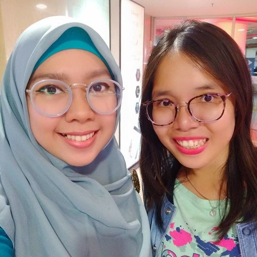 Another weekend with this girl 😂😂😂 ......#clozetteid #lp3isquad #friends #hangout #girlstalk #girlsdayout👭 #girls #jalanjalan #friendship