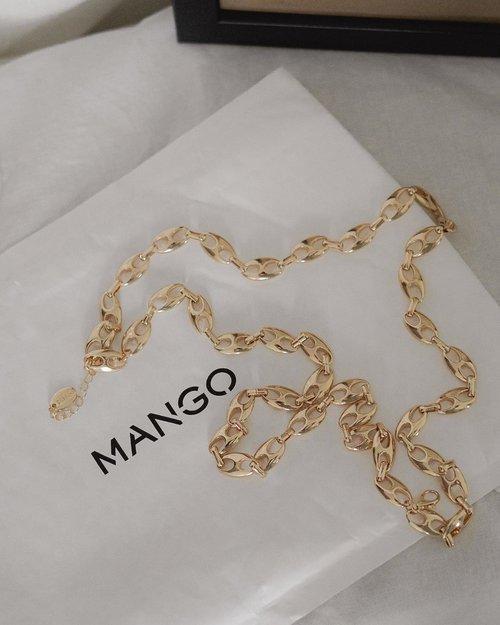 essential —— #MangoGirls