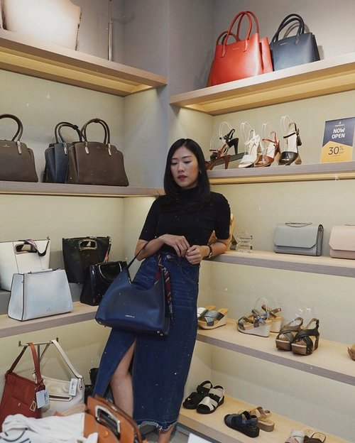 congrats once again @obermainid for opening new store at @puriindahmall 🎉 don't forget to come and enjoy 30%+20% discount only for two days ya!  #ObermainID #ComfortRedefined