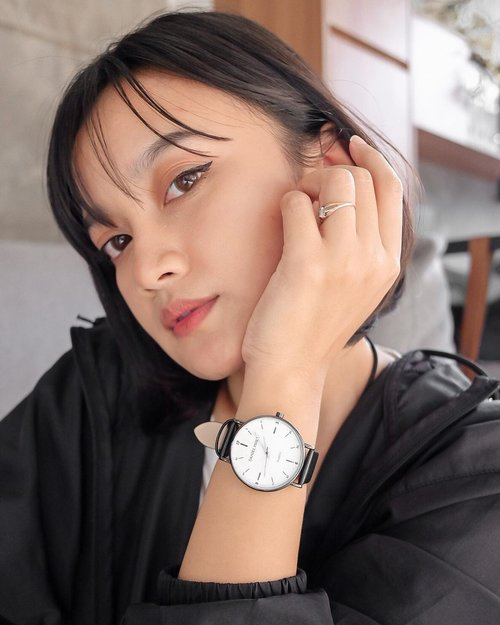 Quality is the best business plan•You can get @danielphilipwatch at @dpwatch.pr now!!!•#watch #jewelry #fashion #style #classic #influencer #influencerbali #fashionstyle #fashioninspiration #lookbook #lookbookindonesia #instafashion #lifestyle #styleinspiration #clozetteid #clozette #baliinfluencer #jamtangan #tsoa #mrqueen #truebeauty #thesecretofangel #bali #celebrity #indonesia #welovebali #stylediary