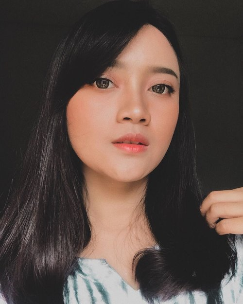 The face is the mirror of the mind, and eyes without speaking confess the secrets of the heart | St. Jerome . #freshkonsharexfollow  #freshkon #freshkonindonesia  #beauty #stylish #comfort #clozette #clozetteid
