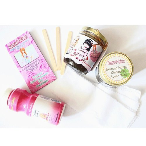its time for waxing 😉I'm using @kanarihime homemade sugar wax. you can buy it from @lachanonlineshop they have various flavors that you can choose. I have the original and matcha honey cinnamon sugar wax. I already review the matcha one, you can check my blog for more info 👉 www.girlsweethings.blogspot.com 😆😋#homemade #homamadesugarwax #kanarihime #sugarwax #waxing #clozettedaily #clozetteID #beautyblogger #IBB #sponsored