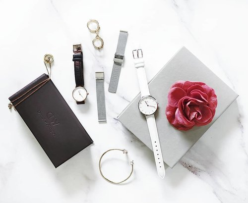 Always have a heart to this, cant hold myself to own just one, thank you for the Valday gift @thewatchco 🌹🌹 #thewatchco #DanielWellington #musthave #Valday2018 #clozetteid #lykeshopmystyle #lyke_wulanwu