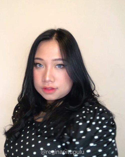 Aku di Rumah VS Aku di Instagram 🐧..*gara-gara tiktok* 🙂.... .#reginapittutorial#reginapitcom#bvlogger #bvloggerid #indobeauautygram#Clozetteid #bloggermafia #sbybeautyblogger #beautiesquad #indovidgram #indovlogger #batak #bataknese #beautybloggerindonesia #pinterestmakeup #makeuptransformation #makeuptransisi #makeuptransition #tiktokindonesia #tiktok