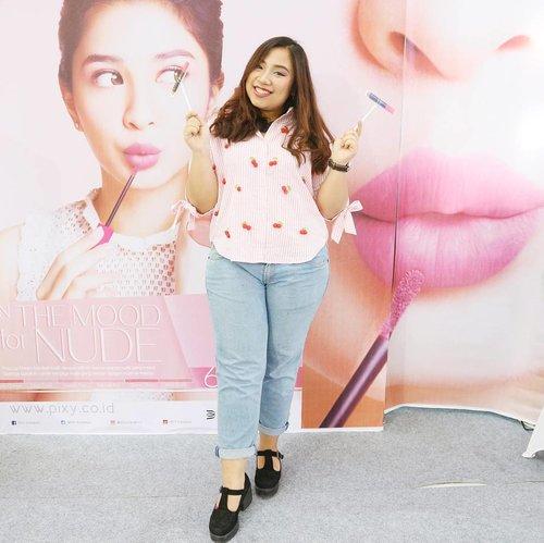 Real girls ar never perfect and perfect girls ar never real 👰 . . . . #PIXYAsianBeautyBlogger #inthemoodfornude #SBBXPixycosmetics #sbybeautyblogger  #lifestyle #beautyblogger #blogger #indonesianbeautyblogger #clozetteid #makeup #skincare #fotd #like4like #beautyblogger #sbybeautyblogger #indonesianblogger #blogger #bataknese #batak