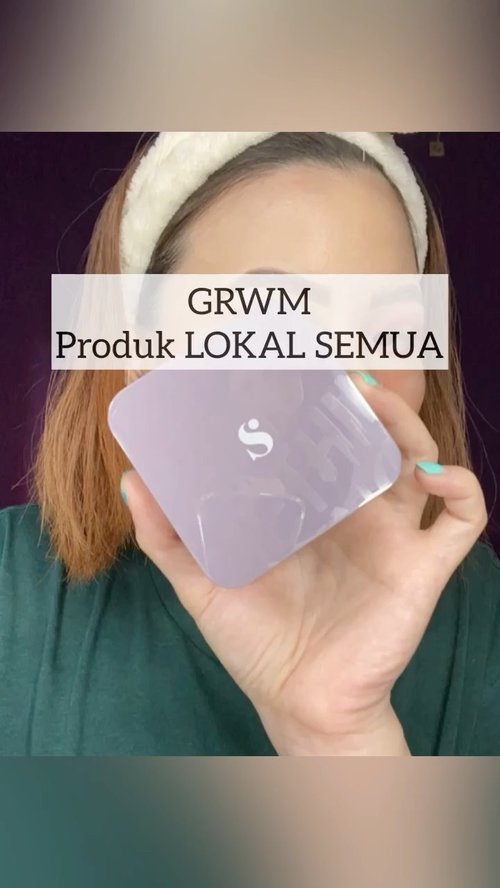 Semua pake produk lokal . . @studiotropik flawless priming water @somethincofficial copy paste @arra_beauty kiss me blush DAYAK & hydra satin SOLO @blpbeauty face glow @makeover_surabaya powerstay highlighter . . . ⁣⁣ #beautygoersid #instamakeup  #makeuptutorial  #beautyenthusiast  #100daymakeupchallenge⁣ #makeupfeed #unleashyourinnerartist #creativemakeup  #makeuptutorial @setterspace @tampilcantik  @cchanel_beauty_id @tips_kecantikan  @popbela_com⁣  #makeuplooks #wakeupandmakeup #clozzeteid #sigmabrush #clozetteid #slave2beauty #wake2slay #eyeshadowtutorial  #amrezyshoutouts #undiscovered_muas #inssta_makeup #makeupaddict #featuremuas #morphebabe #beautyunderyourinfluencer ⁣