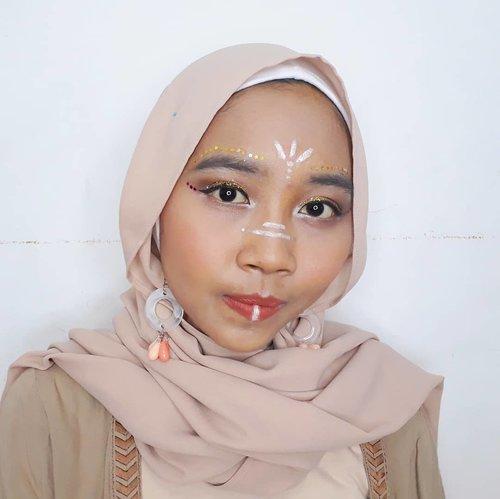 My first collaboration with @beautygoers. My festival makeup inspired by Coachella ala ala🎡🎠🎪....#clozetteid #ggrep #wonderlandbykartika #bvloggerid #insviraltif #femaledaily #beautiesquad #beautybloggerid #bloggerperempuan #indonesianfemalebloggers #bloggermafia #kbbvmember #kbbvbeautypost #beautynesiamember #makeup #makeupenthusiast #makeupjunkie #bloggerceria #beautybloggerindonesia #블로거#얼짱#뷰티블로거#ブロガー#美容ブロガー#kawaii #かわいい