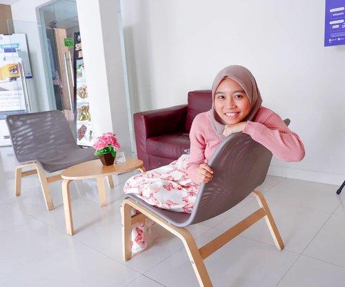 "Thank you for warm welcome @hijaberscommunityofficial & @sofyanhotel . Semangat lagi deh abis Gathering😍 Branch Gathering pertama ""Becoming Agents of Change"" dapet insight baru dari temen-temen HC Cabang lainnya😍 #HCGathering #HCBranchGathering #BecomingAgentsofChange #HCBekasi #hijaberscommunity #hijaberscommunitybekasi #clozetteid #hijabersindonesia #sofyanhotel"