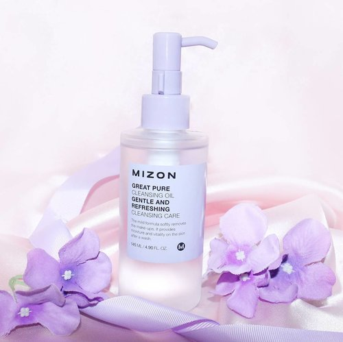 Mizon Great Pure Cleansing Oil ( from @elsyoungid ) does get rid of regular and waterproof makeup.  Overall, I am very impressed with this cleanser. I do think that it suits all skin types, even oily ones because it doesn't strip off the natural oils off of your face and it deep cleanses your skin.  #clozetteid #mizon #koreabrand