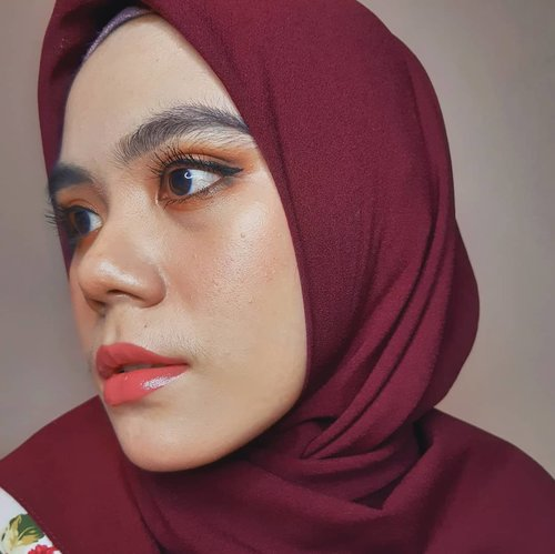 Hello Friday💜  #clozette #clozetteid #makeup #makeuplook #beauty #hijab