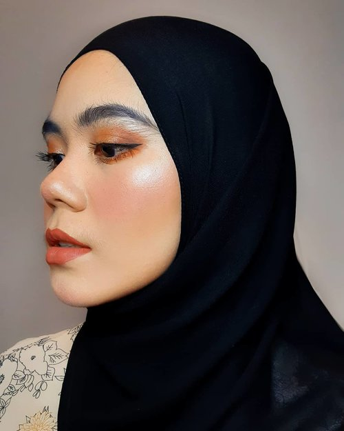 Today is a good day💜  #hijab #hijabstyle #makeuplook #makeup #beautygram #clozette #Clozetteid