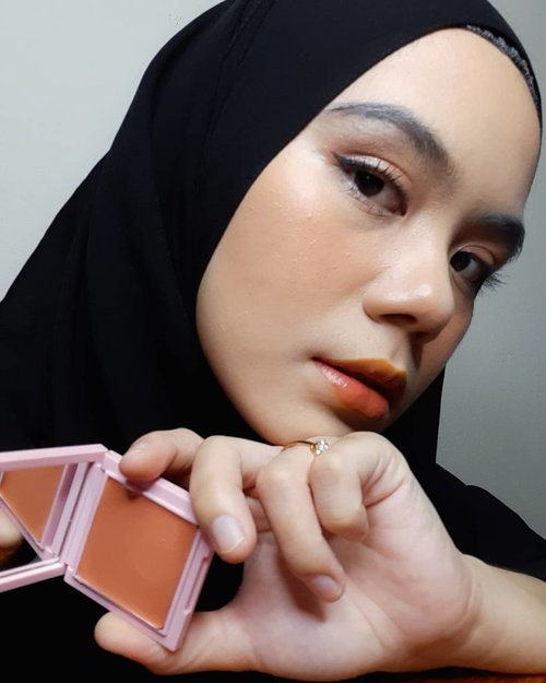 🌺 @nacificcosmetics Juicy Mood Blusher 02. Peach Candy  #nacific #nacificcosmetics #blushon #blusher #peach #makeuplook #makeup #beautygram #beauty #beautyproducts #clozette #Clozetteid