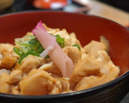 Nasi Tahu Selembut Sutra dengan Extra Extra Extra effort.Acar wasabi nya pun aku lyke (si selera tidak lazim kan)Sejujurnya, sampe sekarang gw masih menyusuri timeline Google Maps untuk menemukan judul restoran ter-EXTRA se-Arashiyama ini.Swipe left dan temukan side dish yang paling penting!#DinsAppetite #DinsDayOff #WheninJapan #Arashiyama #KyotoFood #HomeAwayfromHome #LibraSeasonTrip #TeamPixel #ClozetteID #CoolJapan #ipreview #aColorStory