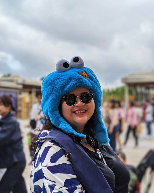 Long before King Bob reign, This fluffy Blue fella was my number one cookie. Today, he is still my favourite Cookie Monster 💙  #DinsDayOff (second)#HappyPlace #UniversalStudioJapan #WheninJapan #Minions #CookieMonster #SesameStreet #SesameStreetKids #HomeAwayfromHome #LibraSeasonTrip #TeamPixel #ClozetteID #CoolJapan #ipreview #aColorStory