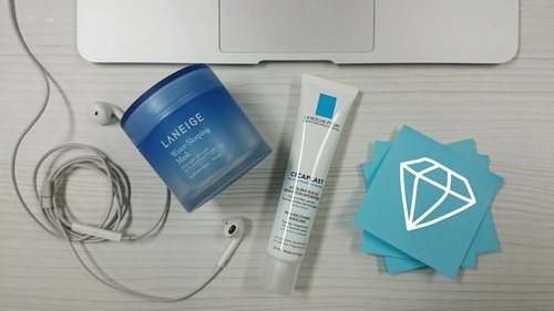 Unsung heroes for those typical #AhensiLyfe sleepless phase and all nighter (more than a bat) times, #LaRochePosay #Cicaplast to calm down irritated and reddened skin (always my problem whenever I pulled an all nighter) + #Laneige #SleepingMask to seal everything and moisturise the skin.  Result guaranteed, less grumpy in the morning. Even with the possibility of another all nighter ahead. #ClozetteID #Clozette #Skincare