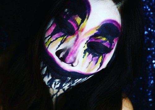 Not my very best effort.. *sayang di apus* 😂😂. Hope it can be an inspiration for halloweennnnn 🎃🎃🎃🎃💖. . . . . . . . . . . . . #indobeautygram #beautyblogger #beautyvlogger #nyxcosmetics #nyxcosmeticsid #nyx #makeup #makeupjunkie #ibv #ivgbeauty #indovidgram #eyeshadow #lips #looks #makeupinspiration #makeupinspo #benefit #makeuptutorial #indobeauty #chrome #undiscoveredmua #makeupsfx #indobeautyinfluencer #beautyinfluencer #clozetteid #beautynesiaid #beautynesia #beautynesiamember @bvlogger.id
