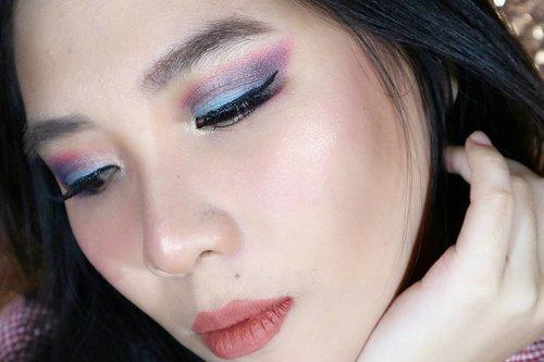 Fun makeup tutorial for holiday  on my latest channel (* link on my bio) 💖💖💖💖💖 . . . . . . . . . @indobeautygram @bvlogger.id #lagirl #lagirlid #lagirlcosmetics #lagirlindonesia #beautybloggerindonesia #beauty #makeup #highlighter #rosegold #beautyblogger #clozetter #indobeautygram #beautyvlogger #beautyvlog #makeup #makeupinspiration #makeupinspo #beautyinfluence #indonesia #makeupindonesia #indonesiamakeup #beautyblogger #beautyvlogger #ivgbeauty #clozetteid #indobeautyinfluencer #indobeauty #bvloggerid