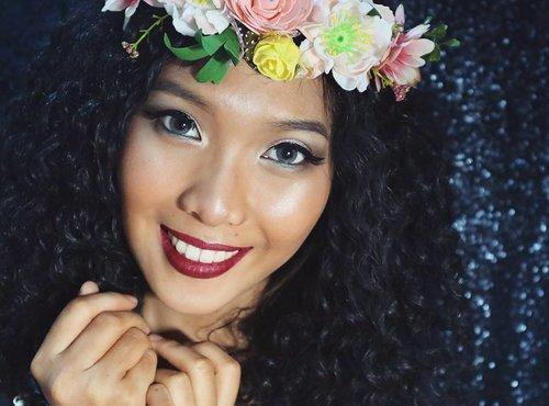 Aloha~ 😂😂💖 . . . Lips : NYX Suede 💖 . . . . . . . . . . . . #indobeautygram #beautyblogger #beautyvlogger #nyxcosmetics #nyxcosmeticsid #nyx #makeup #makeupjunkie #ibv #ivgbeauty #indovidgram #eyeshadow #lips #looks #makeupinspiration #makeupinspo #benefit #makeuptutorial #indobeauty #tant #undiscoveredmua #makeupsfx #indobeautyinfluencer #beautyinfluencer #clozetteid #beautynesiaid #beautynesia #beautynesiamember @bvlogger.id