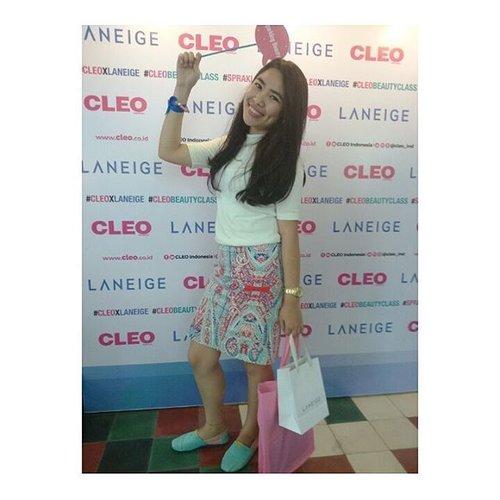 SPARKLING BEAUTY @cleo_ind dan @laneigeid . . . #cleoxlaneige #CLEOBeautyClass #spraklingbeauty #blogger #bloggerbandung #beautybloggerbandung #beautyclassbandung #tribepost #clozetteid #bloggerceria #bloggerindonesia #bloggerperempuan