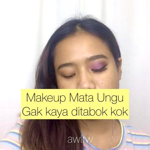 Makeup Mata Ungu🙋🏽‍♀️ Biasanya, kalo makeup pake esedo ungu tuh kaya lebam abis ditabok. Ya punyaku ga sempirna tapi engga kaya ditabok, cakep lagi(?) soalnya pake palette kado ulang taun aku dari Oppa Opal🥳😏 Kayaknya aku ga pernah ya upload video eye makeup look? Haha soalnya emg jarang bgt makeupan mata yg hebring akutu.  Product: - @klikjbs Eyeliner & Eyebrow - Sephora x Marvel Eyeshadow Palette - Essence Hey Cheecks Palette - wardah Exclusive Cushion - Orsini Lip Cream Matte 02  Music: My Summer Love Site: https://icons8.com/music/  #ClozetteID #beauty #skincare #makeup #beautybloggerindonesia #indobeautysquad #beautybloggerceriaid #beautiesquad #indobeautygram #beautyblogger #clinelleid #motd #eotd #sephorapalette #sephoraxmarvel #essence #wardahcushion #orsinilipcream