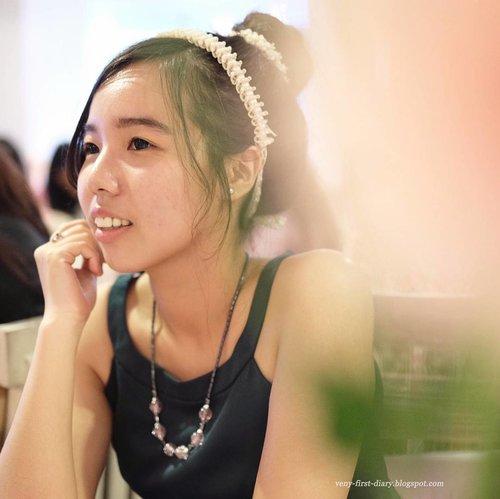 Hai, kali ini ada postingan mengenai '8 Hal Menyenangkan Menjadi Beauty Blogger', lagi mau sharing aja serunya pengalaman menjadi reporter kecantikan ini, link di bio yah :) http://venny-first-diary.blogspot.co.id/2016/08/8-hal-menyenangkan-menjadi-beauty.html?m=1  #beautybloggers #indonesiabeautyblogger #clozetteid