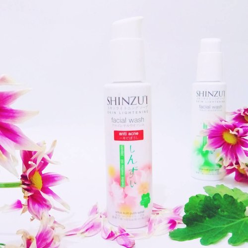 Facial foam dari @putihitushinzui yang jadi top list favoritku. Selain formulanya yang lembut, Shinzu'i anti acnes juga membantu mencegah jerawat dan merawat kulit yang berjerawat. Nggak bikin kering dan membuat wajah terasa lembut berseri  #shinzuifacialwash #shinzui #indonesiabeautyblogger #clozette #clozetteid