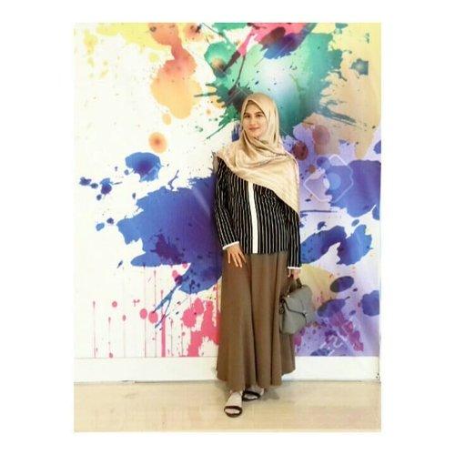 Bingung aplot yg mana, 22nya aja lah... #clozette #clozetteid #hestistyle #hootd #hijabers #hijabfashion #hijabku #hijabstyle #ootdhijabindo #ootdhijab #ootdfashion #ootdhijabnusantara
