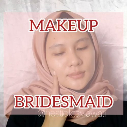 Tutoryel makeup yang kemaren udh up nih 💃 Musim nikahan nih jd ku bikin makeup buat bridesmaid atau kondangan aja, siapa tau ketemu cowok cakep single khaaann 🤭 Bisa dipake ke acara formal atau buat jalan2 juga bisa kalau kalian yang mau menutupi bekas jerawat tapi pengen pake yg ringan dan flawless 🤩 💎 PRODUCT DETAILS : ▪@emina sun protection spf 30 PA+++ ▪@pac studio coverage hydrating primer ▪@emina beauty bliss bb cream with vit C & vit E ▪@getthelookid Infallible full wear concealer shade amber ▪@focallure brow gel cream shade 04 ash brown ▪@missha 4D mascara shade black ▪ @Makeover Riche Glow face highlighter ▪@abstractid lashes N3 ▪ @marckscosmeticind loose powder shade creme ▪ @inez color contour plush eyeshadow 05 venice ▪Makeup smith rich eyeshadow 511 orange red ▪@mokomoko my precious contour ▪@fanbo choco rush lip cream shade 01 It's Amberday  Makasih buat yg revisi 😘 Ku upload ulang yaa ❤  #homakeupstory #makeuptutorial #tutorialmakeupnatural #beautybloggerindonesia #tutorialmakeup #makeupglowing #makeupflawless #makeupchallenge #makeupideas #makeuptime #makeup #lfl #fff #clozetteid @beautybloggerindonesia