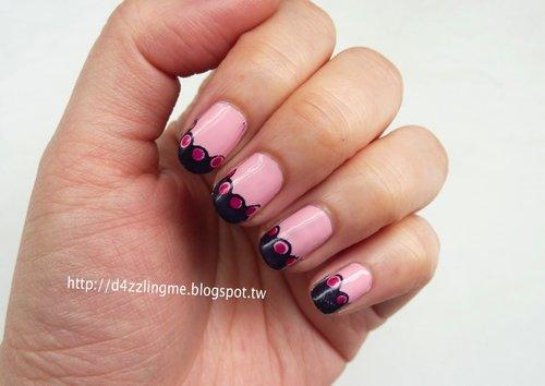 Wavy French Nails
