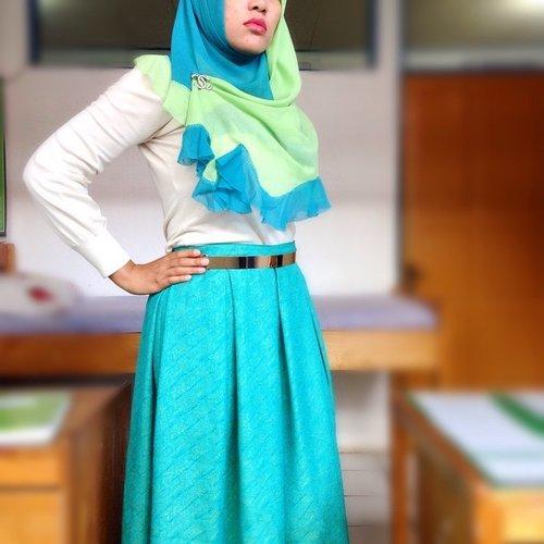 TURQUOISE  Scarf #Keiia from @pojoklemarirusmina  Skirt #riswari  #ootd #outfitoftheday #wiwt #whatiworetoday #lookoftheday #hijabi #hijabers #hijabchic #hijabstyle #muslimfashion #lookbookNU #lookbook #ClozetteID