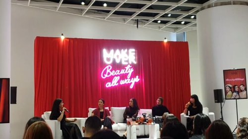 .Campaign @makeoverid for this year #BeautyAllWays in collaboration with @beautyjournal acara nya seru banget sharing session, dance and make up challenge bareng @tasyafarasya @ufasofura @audreytapiheru selain itu Make Over juga memperkenalkan 10 New Shades Demi Matte Cover Cushion dan ternyata aku cocok banget sama W22 Warm Ivory ~ can't wait for #patposeperfect after this .#timetravel #throwback #beautyallways #makeoverxbeautyjournal #beautytalk #youdeservetobehappy #workwithhappyaywithhappy #neverstopplaying #dearbeautylove #clozetteid #zilingoid #neverafraid #changedestiny #loveyourself #speakyourself #daretobedifferent #borntolead #ajourneytowonderland #february #2020