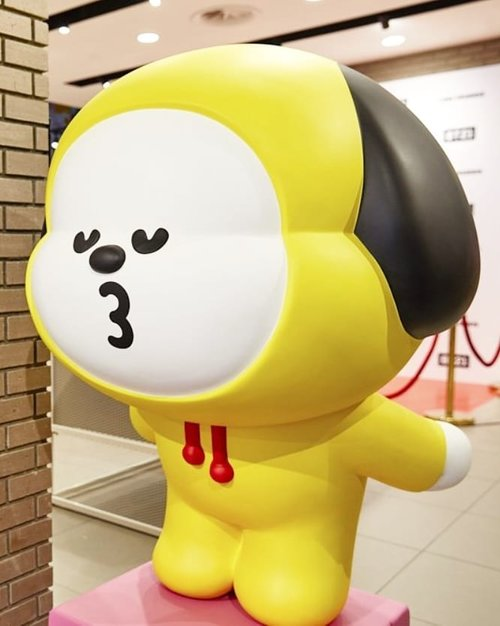 .🐶😚😋Why are you shaking up my heart?.#timetravel #bt21 #chimmy #btsarmy #boyinluv #youdeservetobehappy #workwithhappy #playwithhappy #neverstopplaying #dearbeautylove #clozetteid #zilingoid #neverafraid #changedestiny #loveyourself #speakyourself #daretobedifferent #borntolead #ajourneytowonderland #december #2019