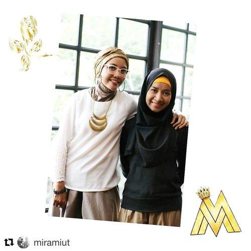 Terima kasih Mamih Mira yang selalu kalem ☺️😍😘 . #Repost @miramiut ・・・ Berasa seneng punya kembaran yang sukses memotivasi.  Ekhh bukan kembaran dink (ngaku-ngaku) hihihi  Menginspirasi hal baik dalam tiap kehidupan membuat berkaca dan kembali mengimiprove diri.  Terima kasih telah memberikan tempat bermuara para wanita yang kreatif dan positif 😍😍😍 @mirasahid  #MommyBlogger #MamihBabam #RanselBabam #Bloggerlife #Bloggerlifestyle #Bloogeractivities #bloggerindonesia #Happyblogging #bloggers #Selfie  #Happylife #womenlife #womeninframe #clozetteid #instalife #instaframe #instaphoto #likeforlike #followtofollow