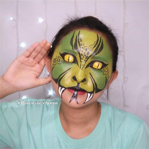 Manusia bermuka ular 🐍🐍 ??.#clozetteid @clozetteid @clozetteco #makeupkarakter #makeupanimasi #tampilcantik @tampilcantik #snake #ular @makeupkarakter.art @tips__kecantikan