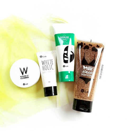 Free shipping on ALL WLab products at @charis_official website!  Also today is the last day to get Nature Pacific Real Floral Calendula Toner, only pay for shipping fee. Check their website at 10 PM (GMT +8). Reas more T&C on description page  Note : They can't ship to Indonesia due to customs issue *sad 😌* #wlab #charisceleb  ー #clozetteid #rasianbeauty #abskincare #koreanskincare  #kbeauty #rasianskincare #abcommunity #prsample #beautybloggerid . . . . . . . . . . #오늘 #인스타그램 #블로거 #2017년  #데일리 #셀카 #셀피 #일상 #선팔 #맞팔 #맞팔해요 #소통 #팔로우 #좋아요 #인친 #l4l