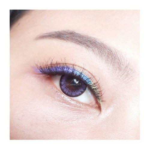 Because I'm bad at mixing eyeshadow so I play with colorful eyeliner.  一 Contact Lens: Ellen Panda PM14 Violet from @klenspop. Brow: @wetnwildbeauty Ultimate Brow Kit. Eyeliner: @maybellineina ColorShow Eyeliner & Eyestudio Color Tattoo. Fake eyelashes: @lavielash - Fleur. 一 #カラコン  #アイメイク #アイライナー #klenspop #EOTD #MOTD #ClozetteID