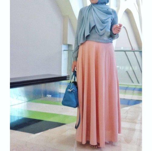< pastel >...#clozetteid #oitd #ootdi#hijabootdindo #hijabootd #hijablook #hijabstyle #myhijab #instalook #instagood #instadaily #like4like #photooftheday