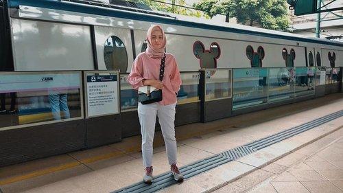 Keluar dulu ah, bosen #dirumahaja 😎....#clozetteid #personalblogger #personalblog #likeforlikes