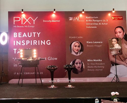 "Thanks @beautyjournal & @pixycosmetics udah adain acara ""Beauty Inspiring Talk"" dengan tema ""Achieve the Best Glow in Your Life"" .Dengan pembicara seorang Beauty Blogger @kiaraleswara & Sr. Vice President Media Markering Beauty Journal @mira_monika .Acaranya dibuka dengan kata sambutan dari wakil dari @universitasalazharindonesia dan langsung dimulai dengan Sharing dari pembicara...Acara seru dan inspirasi sekali.Thanks u for having me ❤️ #PixyBeautyInspiringTalk#PixyBeautyJournal#BeautyJournal#PixyCosmetics#IamAGlowGetter#pixymakeitglow...@clozetteid #clozetteid"