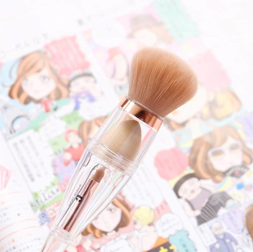 Beauty staple: @armandocarusoid  3-in-1 Brush 💖  I got this super unique brush from @hbox.club August Box. There are 3 different tip in a single brush! The top part is a fluffy, super soft powder brush, then we have this cute blending sponge in the middle and the bottom part is a cute flat shader eyeshadow brush!  For the full review of this innovative product from @armandocarusoid , please stay tuned to my blog - it will air this Friday! . . #HBOXindonesia  #HBOXambassador  #hbox #subscriptionbox  #beautybox #bblogger  #beautybloggerindonesia  #beautyblogger #clozetteid #bloggermafia  #sbybeautyblogger