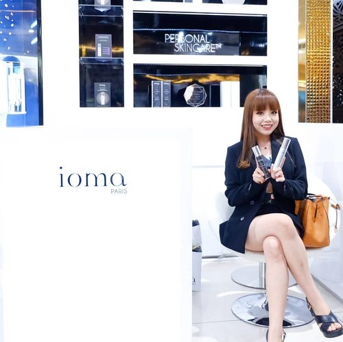 """Attended @iomaindonesia Grand Launching today at @jayanatabeauty 💖  Swipe to see the highlights of the event! We had @margenie_mg sharing her one week trial result with @iomaindonesia famous Ma Creme. IOMA has a concept of """"personalized skincare"""", which means that the formula of the product that you got is TOTALLY DIFFERENT from others' 😍 how cool is that?? First, you gotta have your skin checked with their big & modern skin analyzer machine. Then the very honest results will be the key factors determining what will the smart serum injection device put inside your """"personalized"""" Ma Creme.  So, bye to those friends that are super lazy to bring their own skincare when sleeping over - no, you can't use mine cause it won't suit your skin's needs 😜 now we got legit reasons to reject their request, eh! . . #iomaindonesia  #clozetteid #今日のコーディネート  #コーディネート  #コーデ #服 #今日の服 #sbybeautyblogger #beautyblogger #今日のファッション  #ファッション  #かわいい #可愛い  #beautyinfluencer #styleblogger #instastyle #influencersby  #influencersurabaya  #influencer #ioma"""