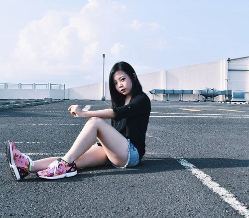 Chill dude, I'm not yet posing for Adidas' ads. Someday I will (maybe? LOL)! 👕 @express👟 @adidasindonesia👖 @forever21📷 @xpentacle ...#vscogirl #vsco #メイク #コスメ #今日のメイク #ブログ #かわいい #photography #photoshoot #moody #mood #clozetteid #clozetter #beautyblogger #instablog #instacapture #igbeauty #nikonphotography #ighk #instahk #qotd #potd #ootd #fotd #adidasindonesia #adidaszx #zxflux #adidaszxflux #sneakers