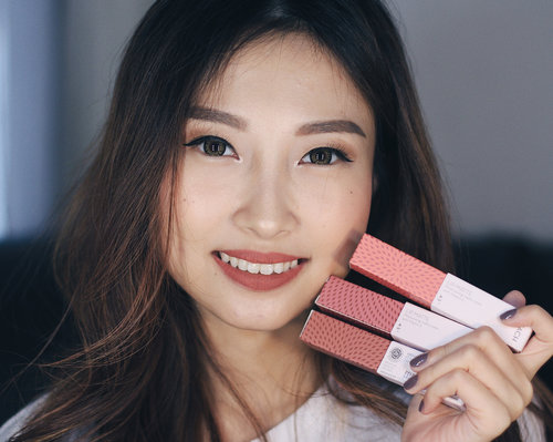 New video is up! 👌🏻✨ I swatch 3-my most favorite-shades from @zap_beauty lip matte also review them! Swipe for the swatches 👉🏻 which one is your favorite? 😉 #AsBeautifulAsYou_____Anyway, #ZapBeautyLipMatte diklaim sebagai lip matte yang kaya akan skincare, bisa membuat bibir kita lebih sehat dan lembab 👌🏻 Nonton full reviewnya di Youtube yaa 😛_____#ClozetteID #ZapBeautyLipMattexClozetteID #ClozetteIDReview