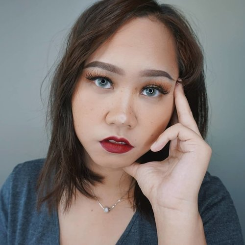 ☘Have you guys watched this makeup tutorial yet?It's easy and I'm using BB Cream instead of foundation!--#clozetteid #beautybloggerindonesia #cchannelbeautyid #theshonet #theshonetbeauty #superstaymatteink #boldmakeup #makeupkondangan #niiasantoso #fanbobbcream #ragamkecantikan