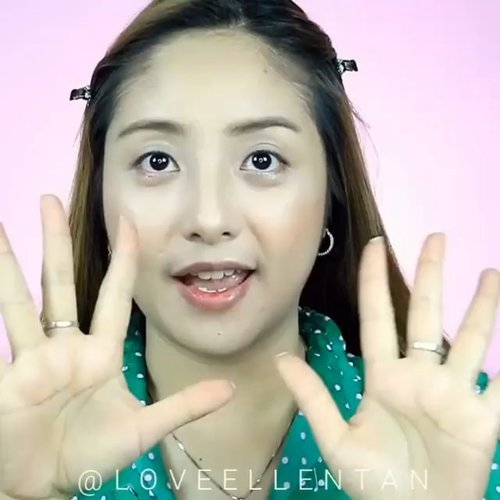 Puanaassss banget ya skrg.. enaknya makan buah ini 😍.Halloween makeup super gampang... 😁..#fdbeauty #clozetteid #universalhairandmakeup #uhmvideo #ivgbeauty #makeupclips #fiercesociety #tampilcantik #wakeupandmakeup #makeuptips #indobeautygram #makeupaddict #amazingmakeupart #maybelline #undiscovered_muas #indovidgram #makeupvideo #lagirlindonesia #discover_muas #beautyguruindonesia #beautygram #beautybloggerindonesia #muablora #eotd #discovervideos #nyxcosmeticsid #maccosmetics #glammakeup #indobeautysquad #jakartabeautyblogger