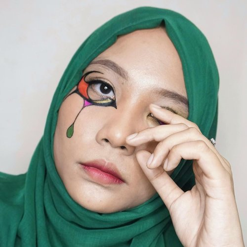 👩🏻🎨.Inspired by @deemakeupart .#makeupart #facepainting #facepaint #eotd #eyemakeupideas #eyemakeuplooks #undiscoveredmuas #100daysofmakeup #ClozetteID