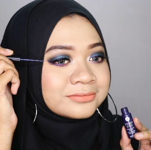 Who's excited for metallic color eyeliner?Recently I tried @absolutenewyork_idStarry Eyed Eyeliner in Milky Way. It has metallic purple color, just like galaxy..Read the review of @absolutenewyork_idStarry Eyed Eyeliner at:👉 WWW.GADZOTICA.COM.bit.ly/AbsoluteNY-StarryEyedEyeliner.(Link in bio)__#AbsolutelyGalaxyGlitz #StarryEyed #sbbxabsolutenystarryeyed #sbybeautyblogger #gadzoticareview #metalliceyeliner #gadzotica #beautyblog #beautybloggers #beautybloggerindonesia #bblogger #bbloggerid#review #beautybloggerid#influencer #beautyinfluencer #beauty #fotd #productphotography #makeupjunkie #productreview #hijaber #hijablicious #makeupaddict#photography #clozetter #clozetteid